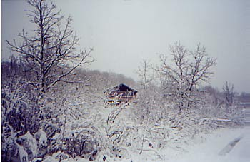 Winter Scene Picture of Mountain Oak Outfitters Lodge in Manitoba